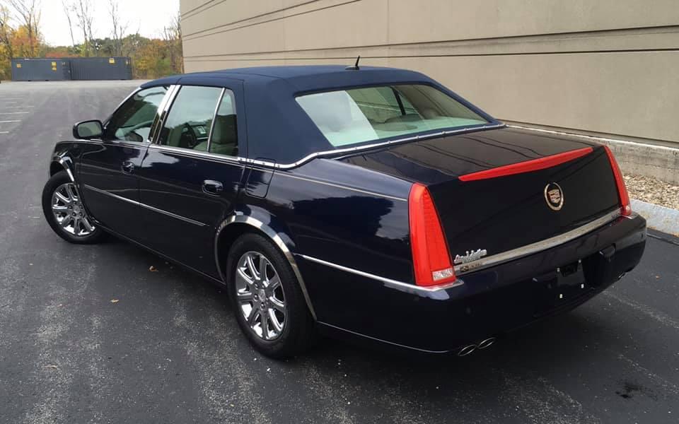 2008 Cadillac rear dts